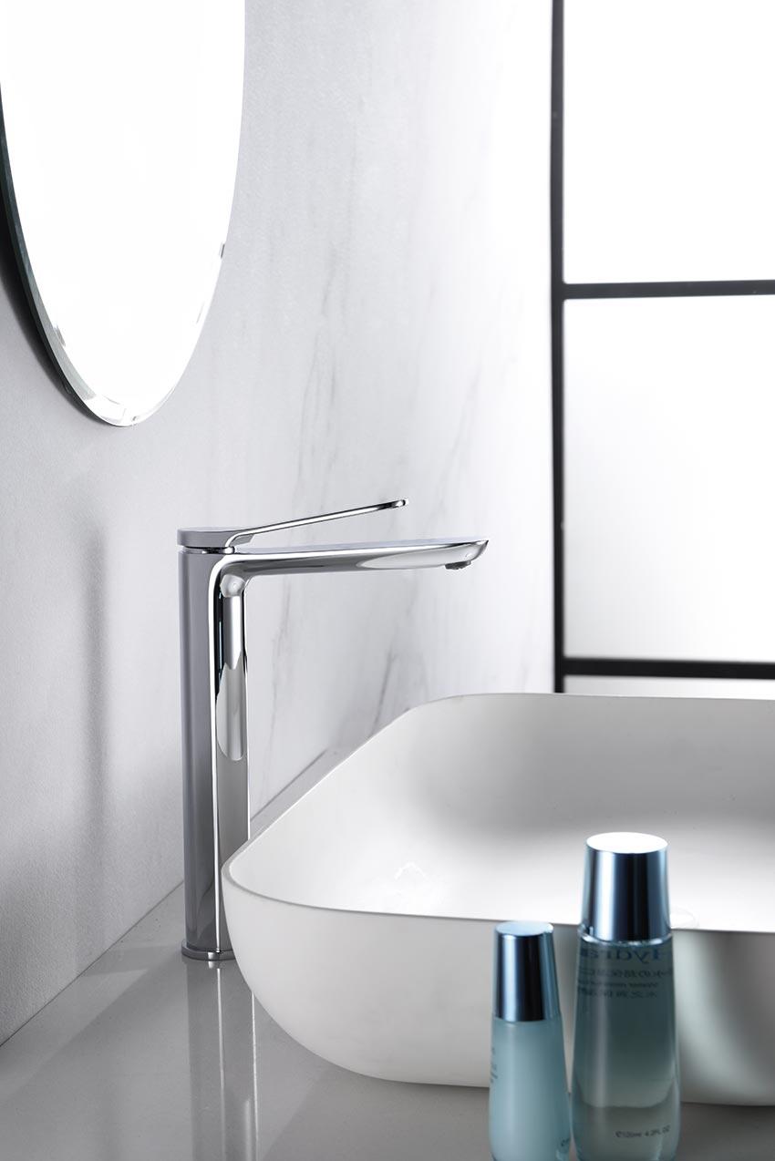 grifo alto lavabo serie dinamarca cromado detalle