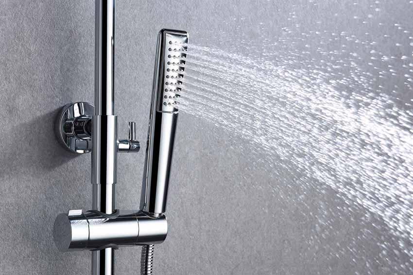 barra de ducha serie Dinamarca cromado detalle