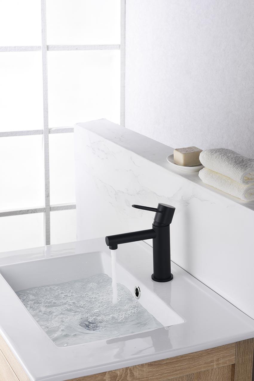 grifo lavabo serie milos negro ambiente